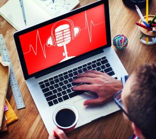 Podcast_on_laptop